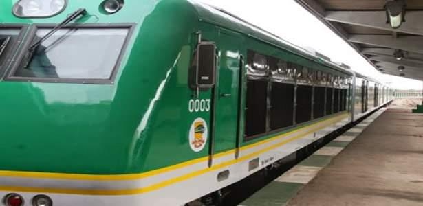 Amaechi declares expectation for Abuja-Kaduna rail
