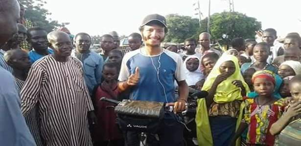 Man rides bicycle from Morocco to Nigeria